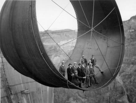 RI_23_Hoover_Dam_BW_1935