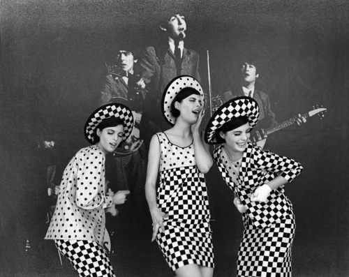 Glamour: The Beatles + 3 Girls: 1964-061-006-066Manhattan, New York, USA 1964
